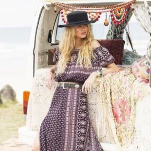 Spell & The Gypsy Gypsiana Off the Shoulder Top